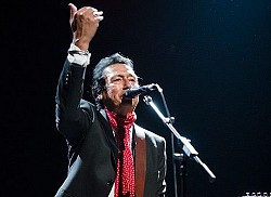 Alejandro Escovedo en el Blues